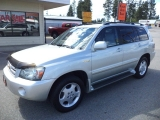 Toyota Highlander V6 AWD w/3rd Row Seating 2004