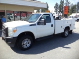 Ford Super Duty F-350 SRW 4WD Service Body 2011