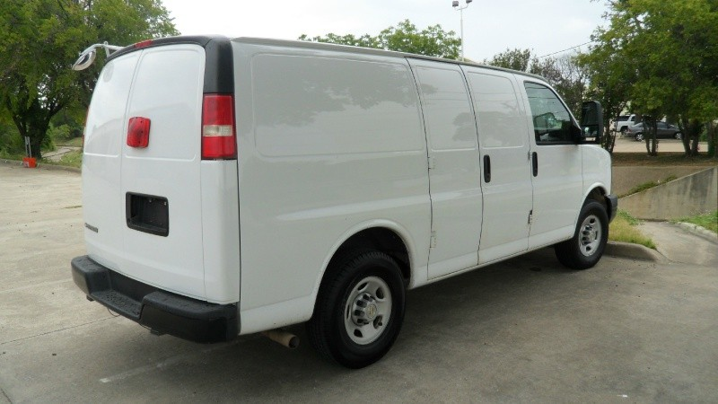 2010 chevrolet express cargo van 2500 v8   dallas new amp used cars for sale   backpage