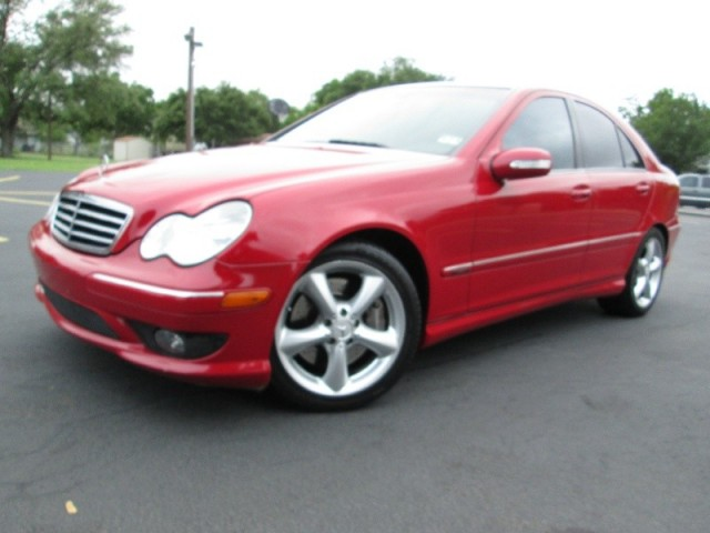 Inventory pana motors auto dealership in austin texas for 2005 mercedes benz c230 kompressor price