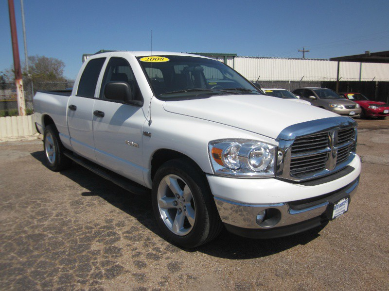 2008 Dodge Ram 1500 2WD Quad Cab 1405 White Gray 115458 miles Stock 6999 VIN 1D7HA18238S5