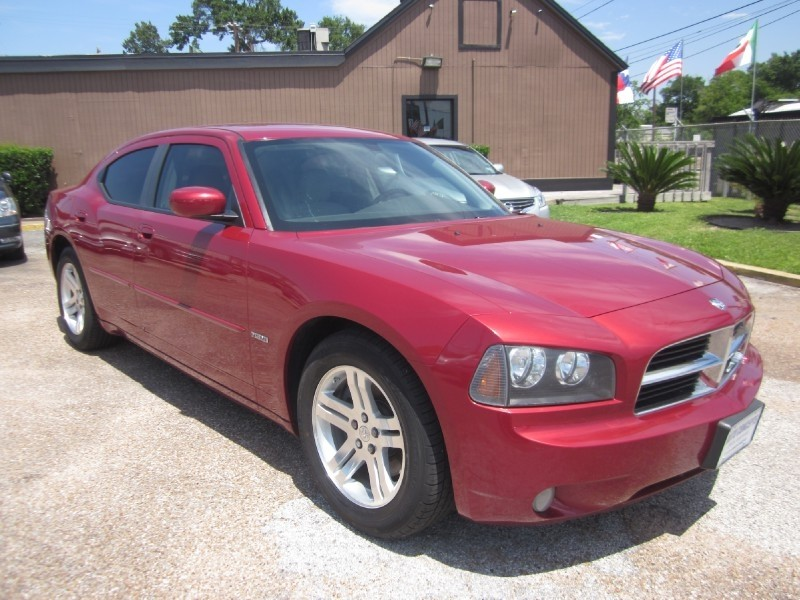 2007 Dodge Charger 4dr Sdn 5-Spd Auto RT RWD The 2007 Dodge Charger is generally considered by the