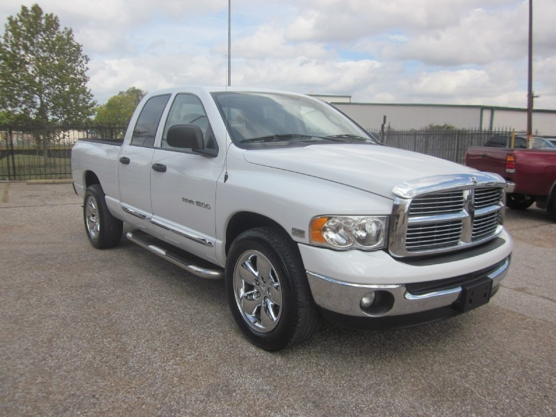 2005 Dodge Ram 1500 4dr Quad Cab 1405 White Gray 93408 miles Stock 7335 VIN 1D7HA18D95S23