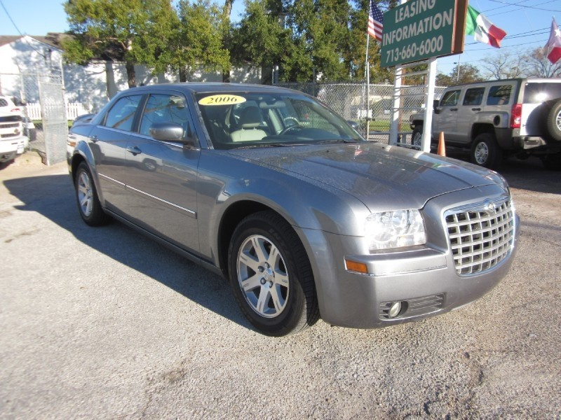 2006 Chrysler 300 4dr Sdn 300 Touring Gray Tan 120094 miles Stock 7371 VIN 2C3LA53GX6H257658