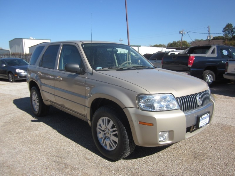 2007 Mercury Mariner 4WD 4dr Luxury Gold Tan 77399 miles Stock 7419 VIN 4M2CU91177KJ17645