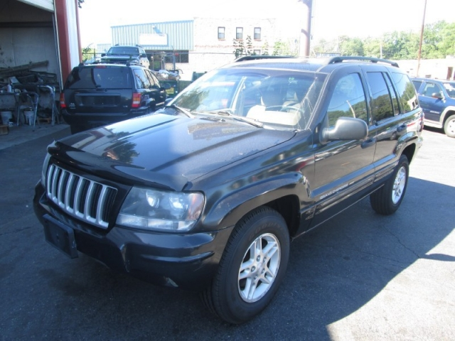 2004 jeep grand cherokee limited 4wd inventory mass auto outlet inc auto dealership in. Black Bedroom Furniture Sets. Home Design Ideas