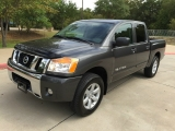 Nissan Titan CREW CAB 2011