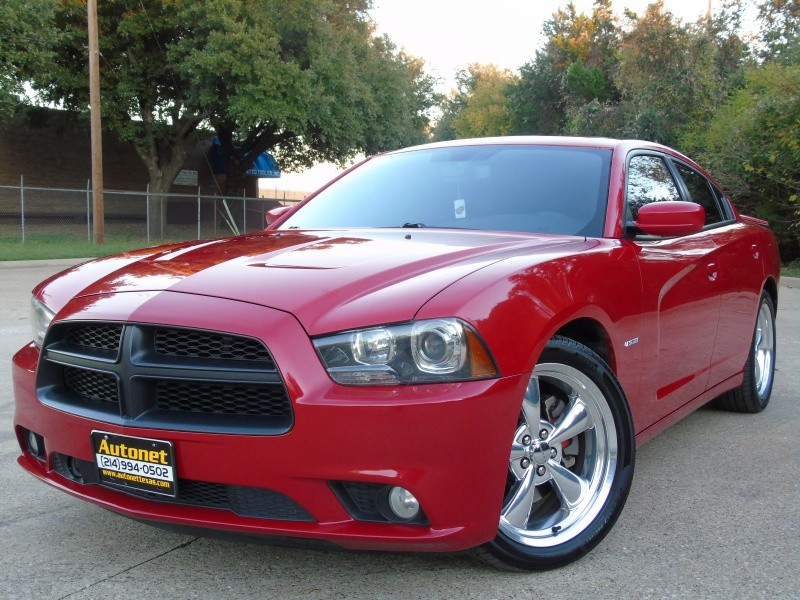 Dodge Charger R/T HEMI!! 2012