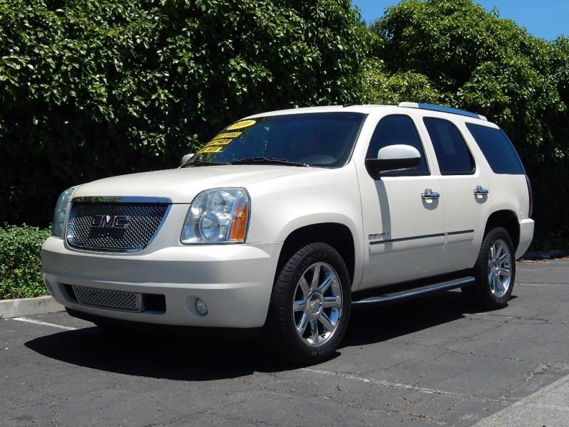 2010 GMC Yukon AWD 4dr 1500 Denali 117000 miles Stock 120635 VIN 1GKUKEEF6AR120635