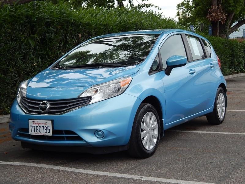 2015 Nissan Versa 5dr HB CVT 16 S Plus Blue Gray 38100 miles Stock 437878 VIN 3N1CE2CP3FL4