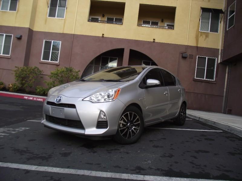 2013 Toyota Prius VERY CLEAN LOW PRICED 2013 PRIUS C GAS SAVER Call 866-524-4918 Silver Black 12