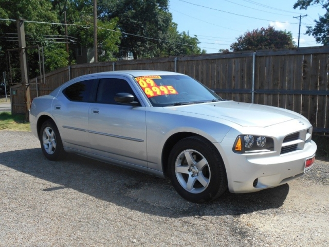 2009 dodge charger 4dr sdn se rwd inventory trucks. Black Bedroom Furniture Sets. Home Design Ideas