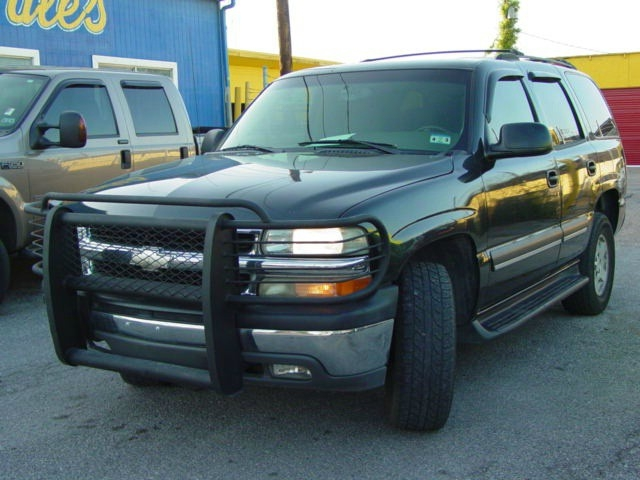 2004 Chevrolet TAHOE LS 2WD