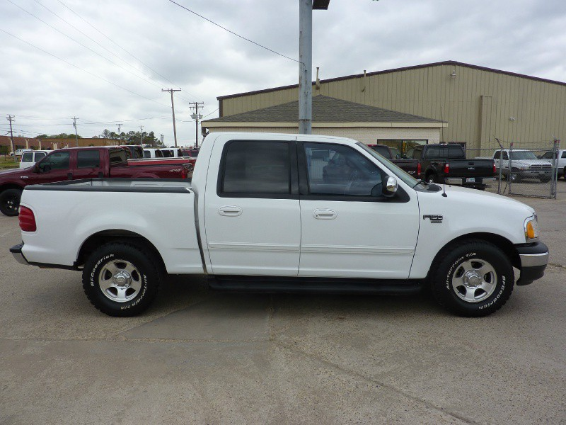 used 2001 ford f 150 supercrew crew cab lariat truck for sale autos weblog. Black Bedroom Furniture Sets. Home Design Ideas