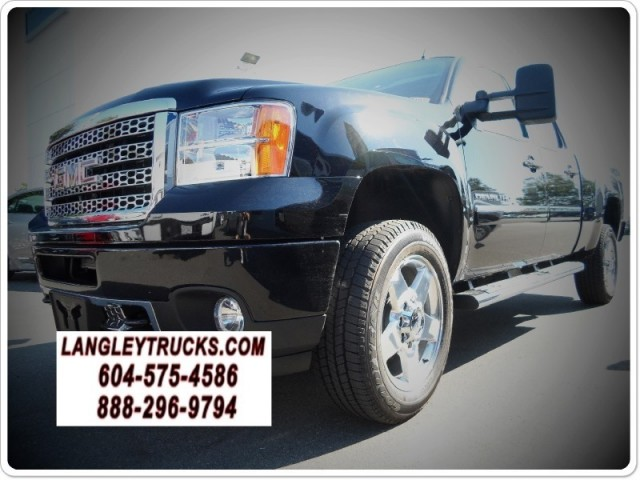 2013 GMC Sierra 2500HD DENALI DIESEL 4X4 LOADED
