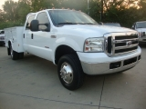 Ford Super Duty F-350  4X4 DRW UTILITY XLT 2006