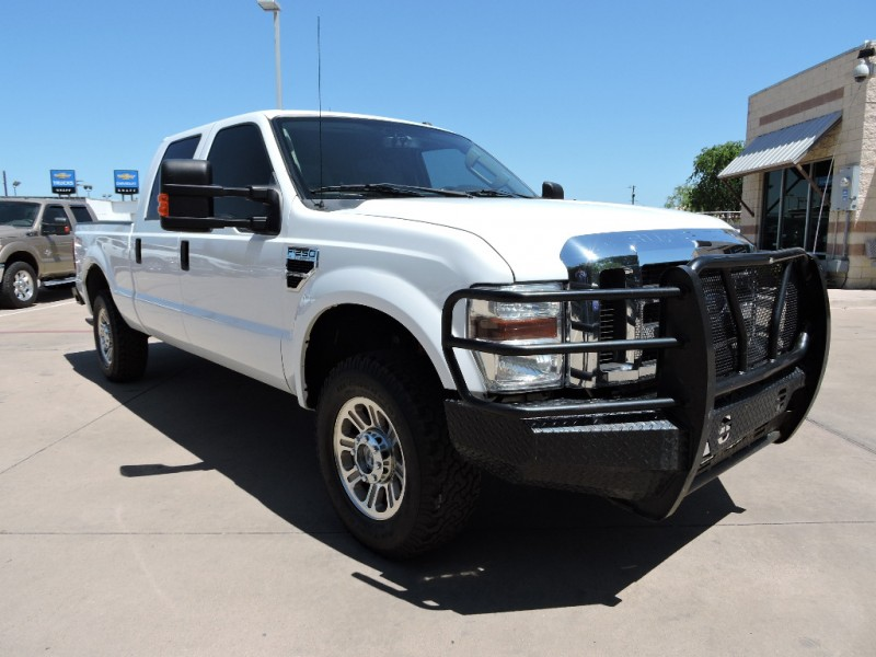 Ford Super Duty F-250 XLT 4X4 Crew Cab 2010