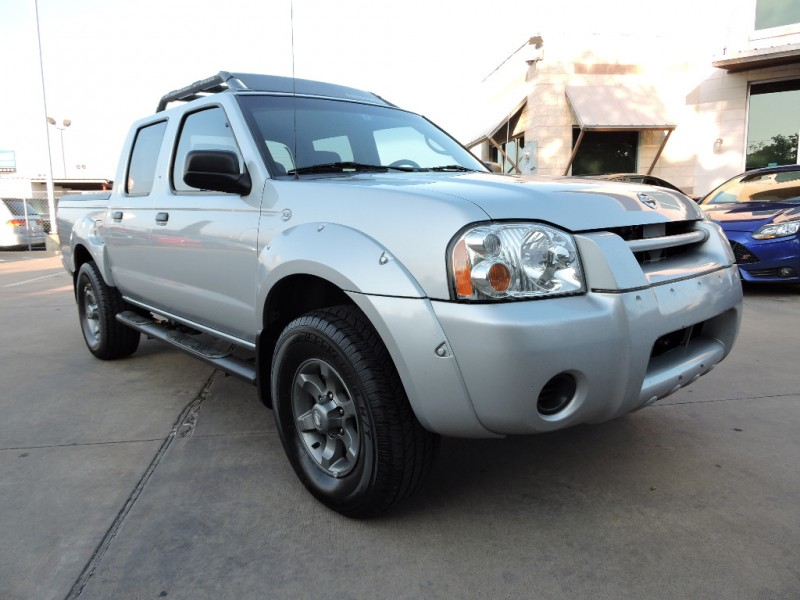Nissan Frontier 2WD XE Crew Cab 2003