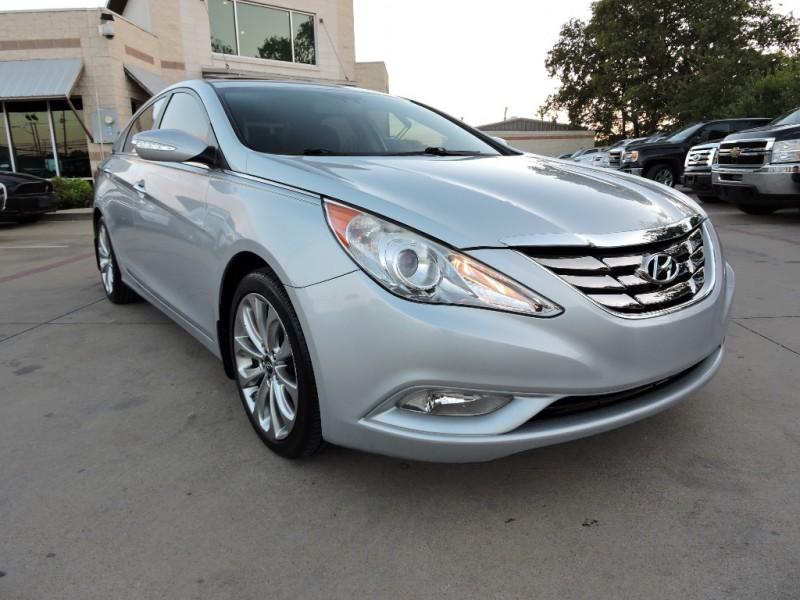 Hyundai Sonata sSE Limited 2011