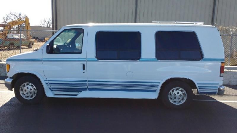 Ford Econoline Cargo Van 1992