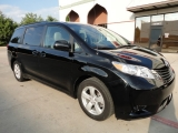 Toyota Sienna LE Leather Alloys 2011