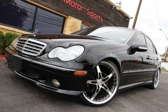 Inventory jd motors auto dealership in austin texas for Mercedes benz 2002 c240 price