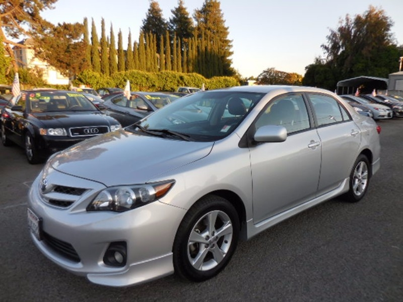 2012 Toyota Corolla S 4D Sedan We are proud to offer an immaculate 2012 Toyota Corolla S that is S