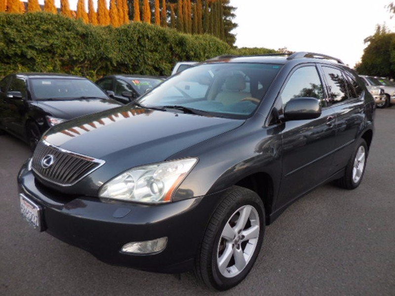 2007 Lexus RX 350 AWD This is a great 2007 Lexus RX 350 4WD with low miles that is Green in colo