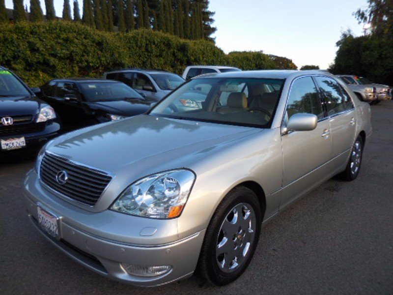 2002 Lexus LS 430 Sedan Now offering a striking 2002 Lexus LS 430 that is Silver in color and th