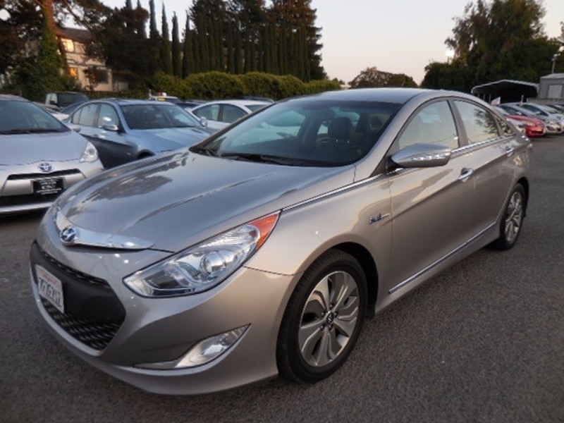 2014 Hyundai Sonata Hybrid Limited You are looking at an excellent one owner 2014 Hyundai Sonata