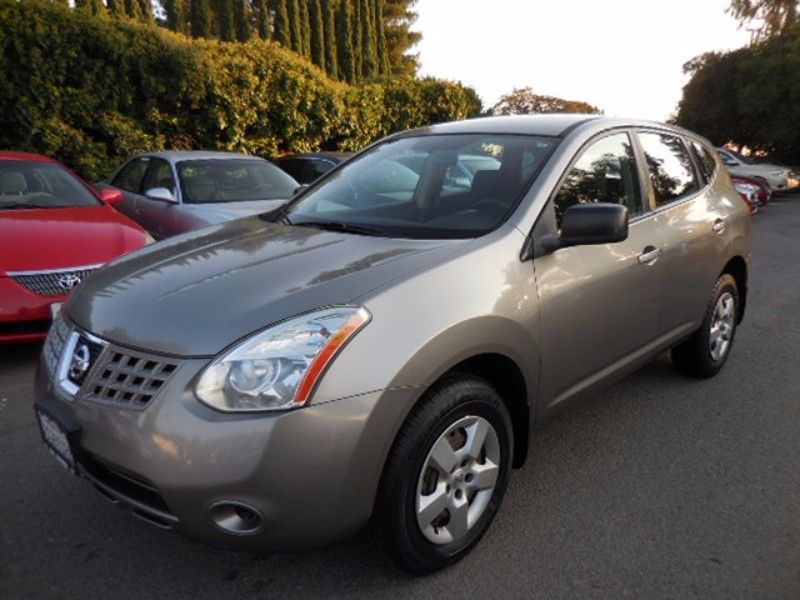 2009 Nissan Rogue S Sport Utility 4D Now for sale is an excellent 2009 Nissan Rogue with low miles