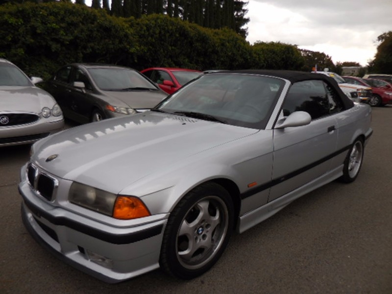 1999 BMW M3 Convertible We are proud to offer an outstanding 1999 BMW M3 that is Silver in color a