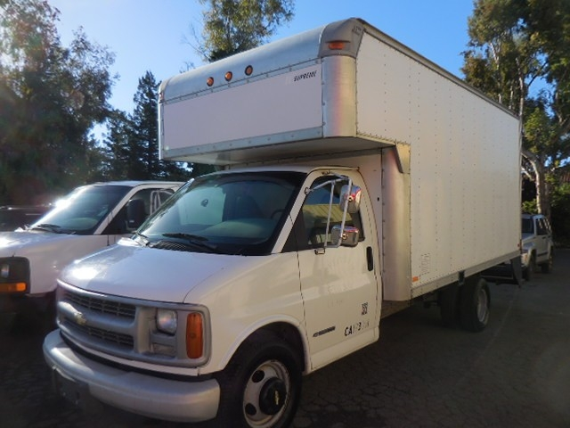 2000 Chevrolet Express G3500 Now offering a sublime 2000 Chevrolet Express G3500 Commercial Vans