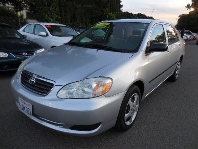 2006 Toyota Corolla CE Sedan 4D You are looking at a very nice 2006 Toyota Corolla CE Sedan 4D th