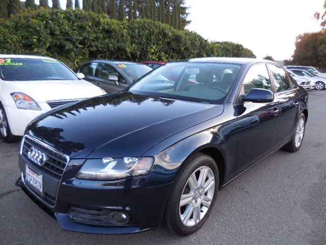 2011 Audi A4 20T quattro Premium AWD  4dr Se We are proud to offer an immaculate 2011 Audi A4 20