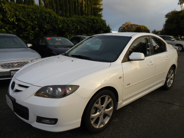 2007 Mazda MAZDA3 S Touring Now for sale is a very nice 2007 Mazda MAZDA3 s touring 4-Door with lo