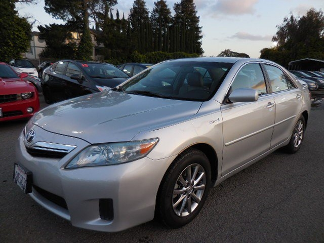 2011 Toyota Camry Hybrid Sedan You are looking at a wonderful 2011 Toyota Camry Hybrid Sedan w N