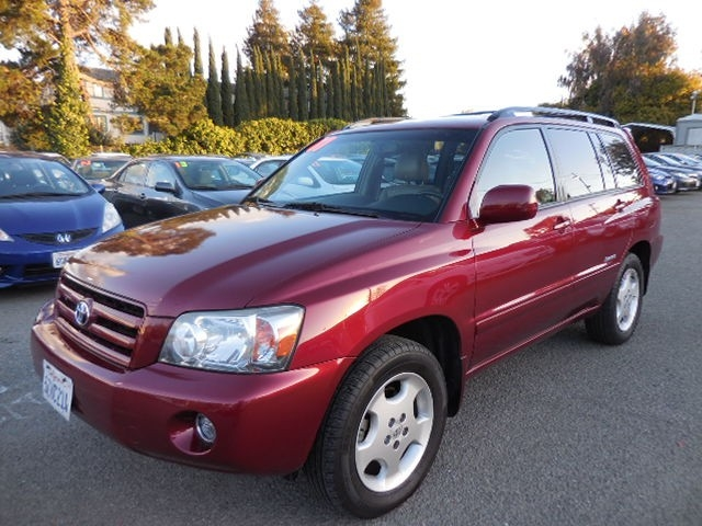 2007 Toyota Highlander V6 2WD with 3rd-Row Seat This is a wonderful 2007 Toyota Highlander V6 2WD