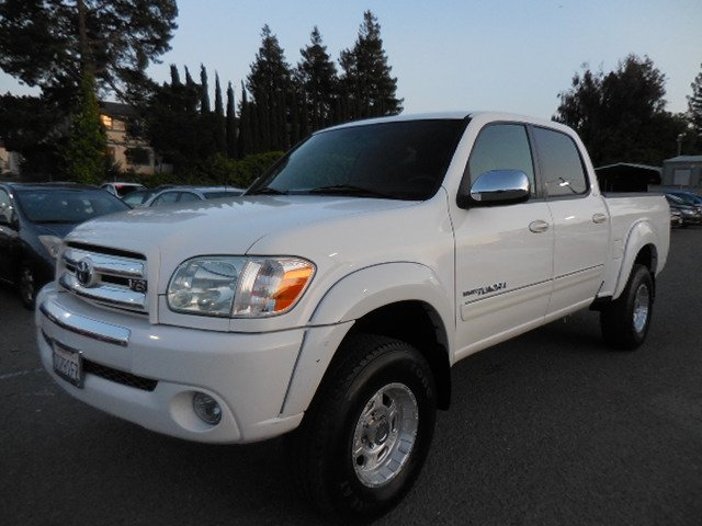 2005 Toyota Tundra SR5 Double Cab V8 We are excited to offer low mileage 2005 Toyota Tundra SR5 D