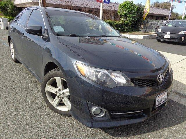 2014 Toyota Camry SE We are pleased to offer a terrific 2014 Toyota Camry SE that is Gray in color