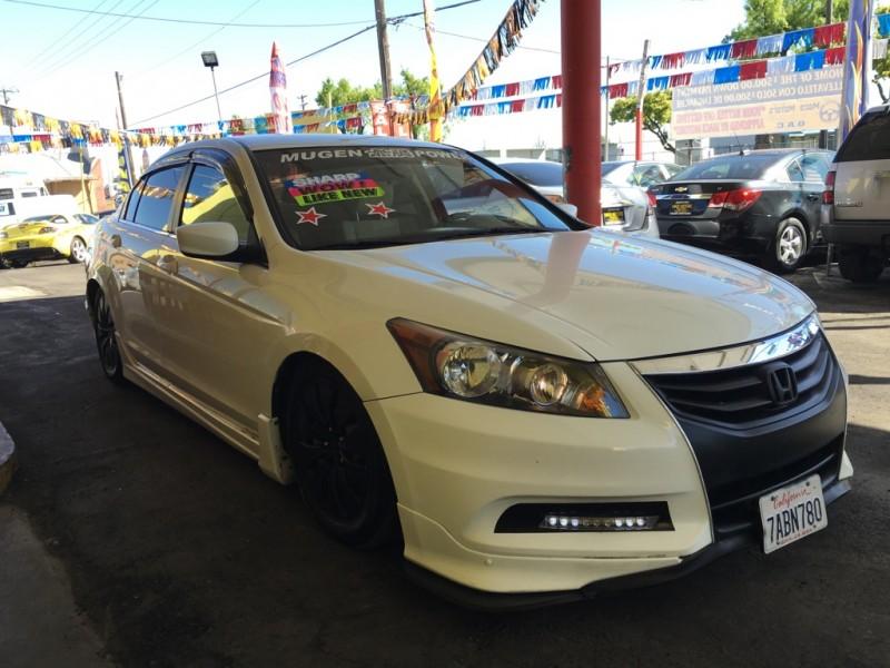 Honda Accord Sdn 2011