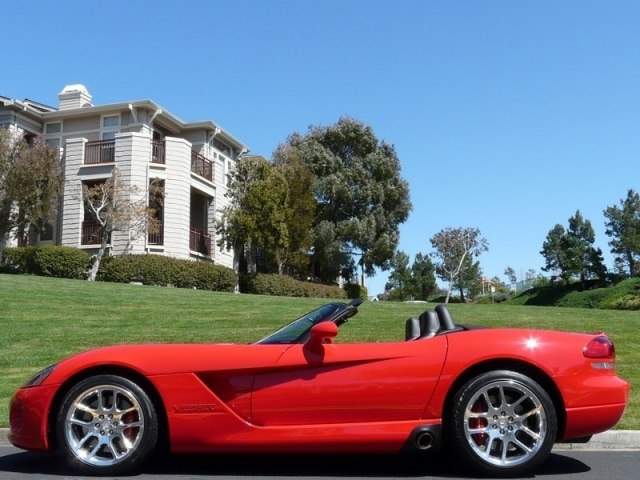 2004 Dodge Viper SRT10 Convertible