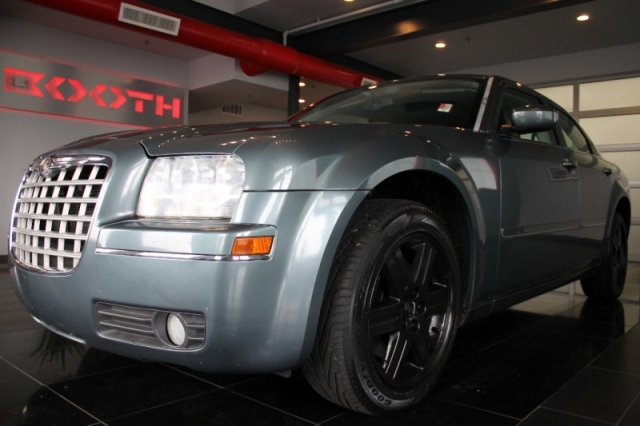 2005 Chrysler 300 Limited Awd 4dr Sdn 300 Limited Awd