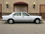 Mercedes-Benz 560 SEL LOW MILES 1990