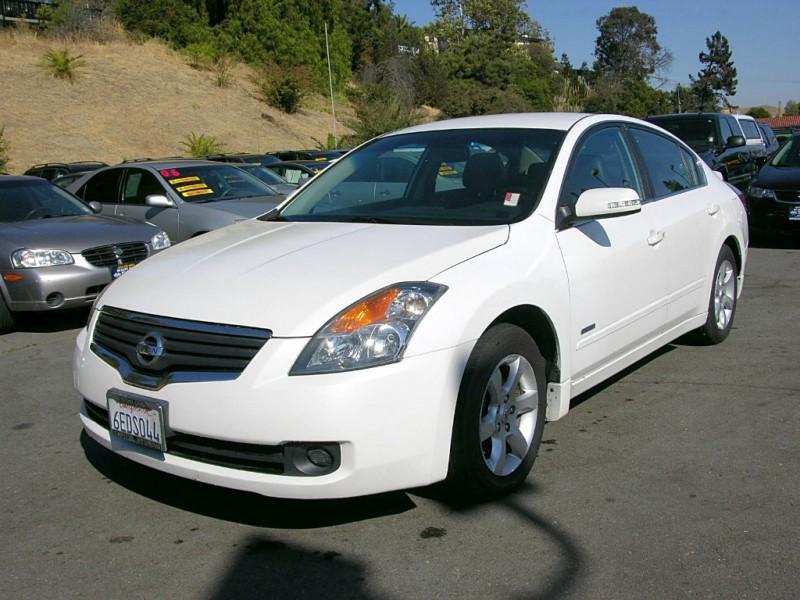 2008 Nissan Altima 4dr Sdn I4 eCVT Hybrid White Gray 122250 miles Stock QAD48604 VIN 1N4CL2