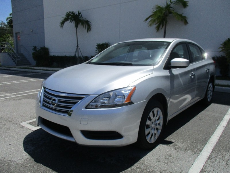 2014 Nissan Sentra 4dr Sdn I4 CVT SV Very clean in and out Silver Gray 26915 miles Stock 3316