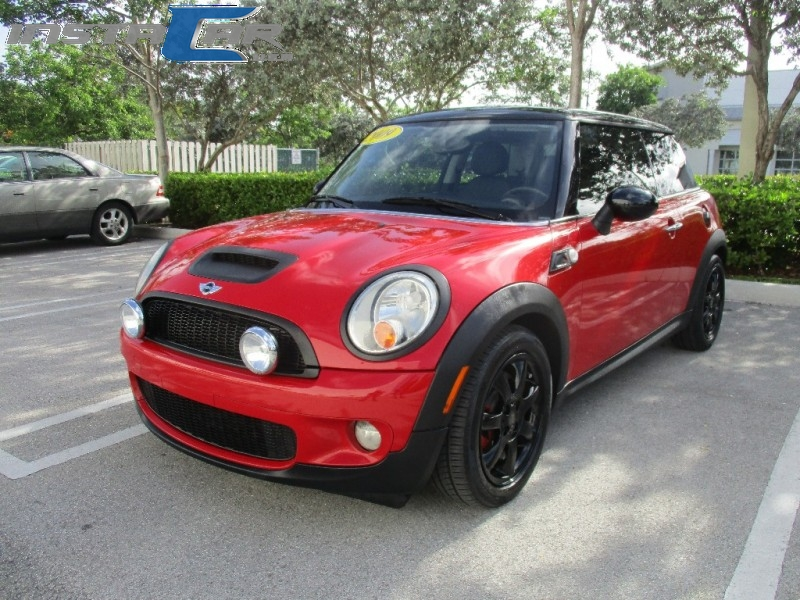 2009 Mini Cooper Hardtop 2dr Cpe S Very clean in and out Red Black 77638 miles Stock T98889
