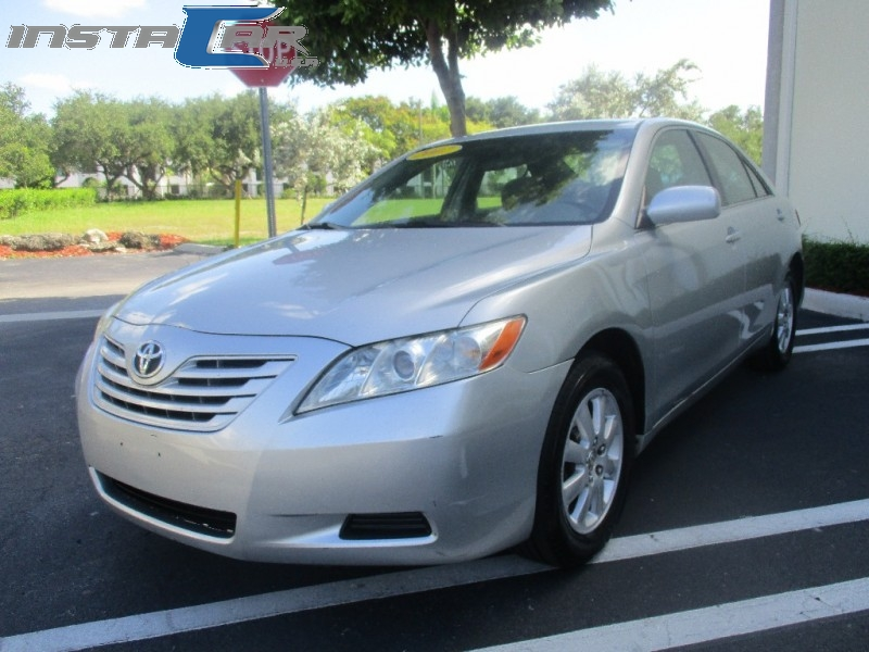 2007 Toyota Camry 4dr Sdn I4 LE Very clean vehicle in and out tires with low millage air conditi