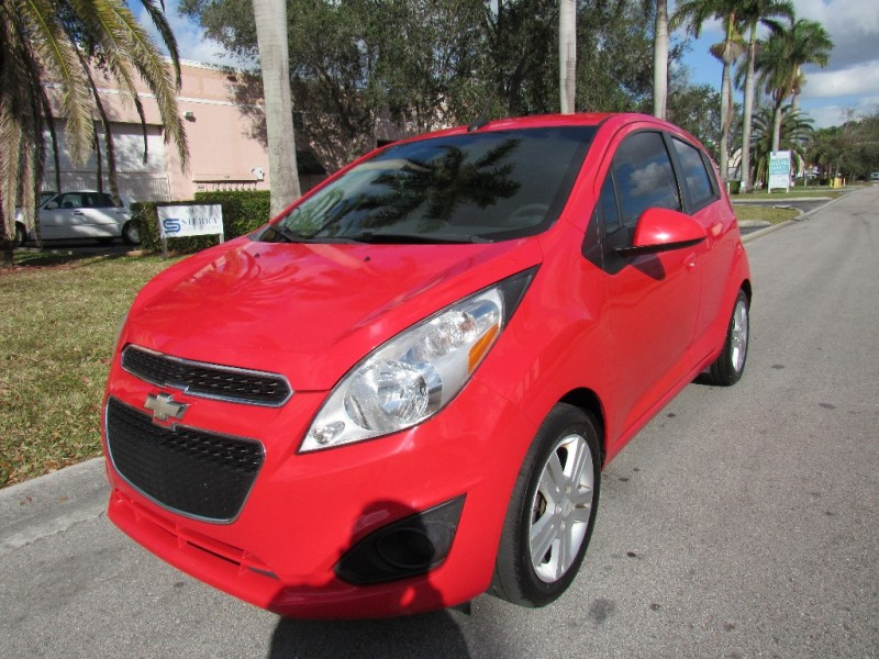 2013 Chevrolet Spark 5dr HB Auto LT w1LT excellent conditionsgood tires Red Black 103331 mi