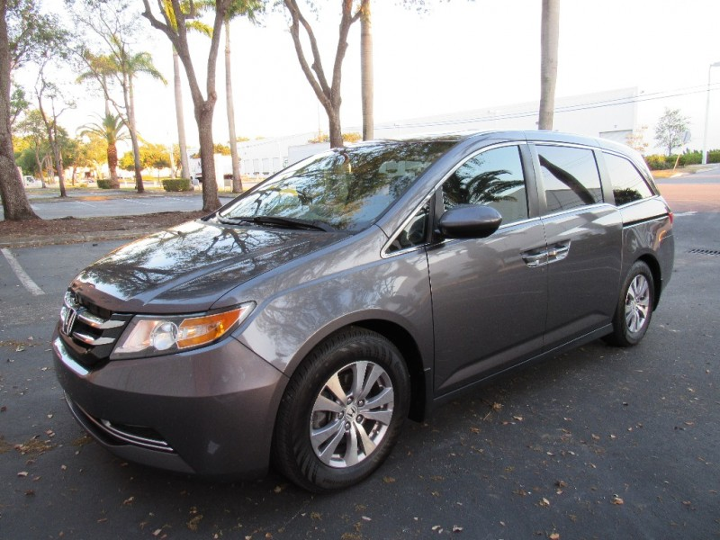 2014 Honda Odyssey EXCELLENT CONDITIONSThe 2014 Honda Odyssey has slight revisions to its front a
